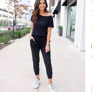 PRETTYGARDEN Black Jumpsuit  NWT Size M